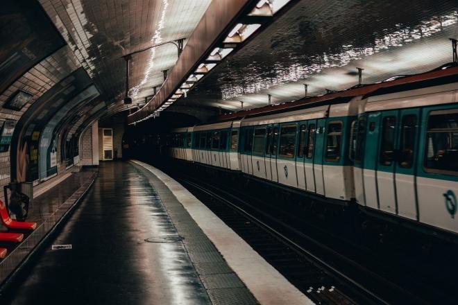 Paris : voici les stations de métro ouvertes 24h/24 le weekend dès septembre