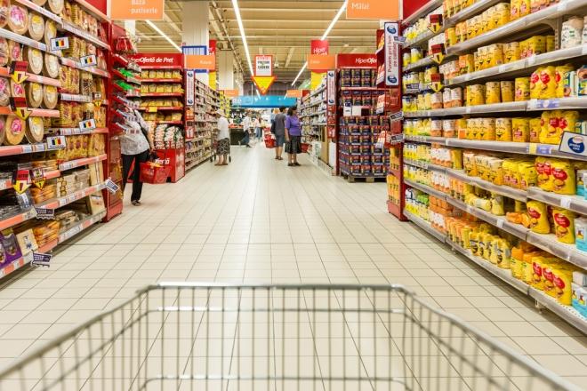 Paris: Un ancien supermarché de 1 500 m² reconverti en club et galerie d'art éphémère