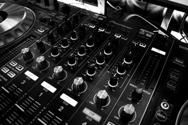 La technologie Pioneer permet désormais de rémunérer les artistes dont les morceaux sont joués durant un set