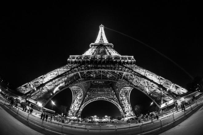 Soirée house et funk ce soir au premier étage de la Tour Eiffel