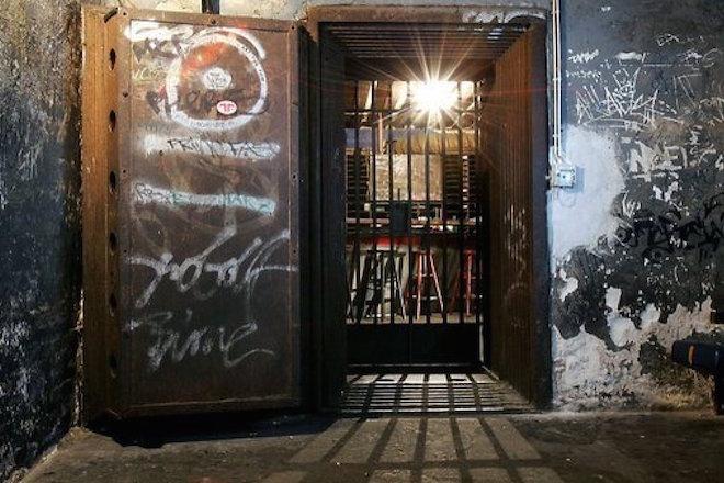Vidéo : visite guidée dans l'antre du premier emplacement du Tresor de Berlin