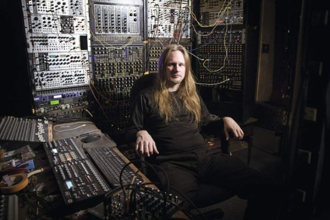 Le virtuose du modulaire Venetian Snares sort un album surprise
