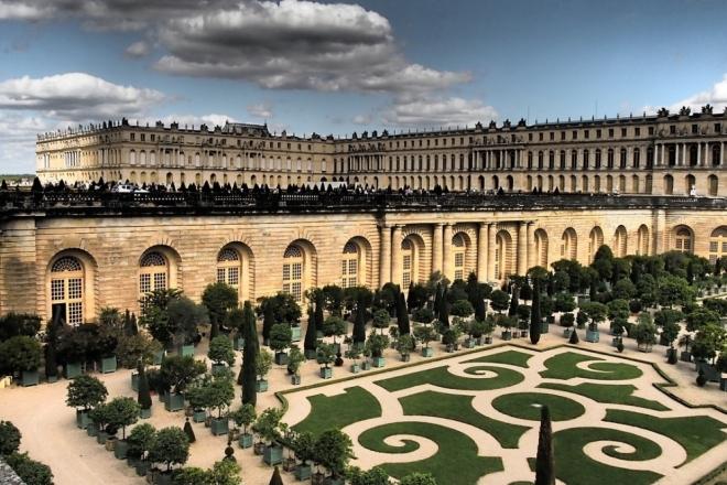 Ed Banger s'invite au Château de Versailles pour une label night royale