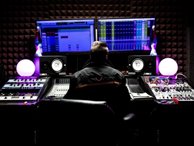 Une intelligence artificielle isole les sons d'instruments gratuitement