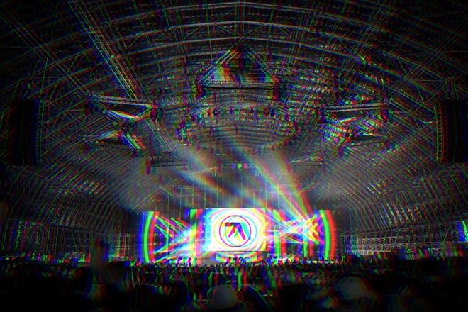 À voir: le set de 2 heures d'Aphex Twin au club Printworks de Londres