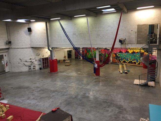 Distrikt Paris pose 11h de teuf dans l'esprit rave des 90's pour la dernière soirée Warehouse de la saison